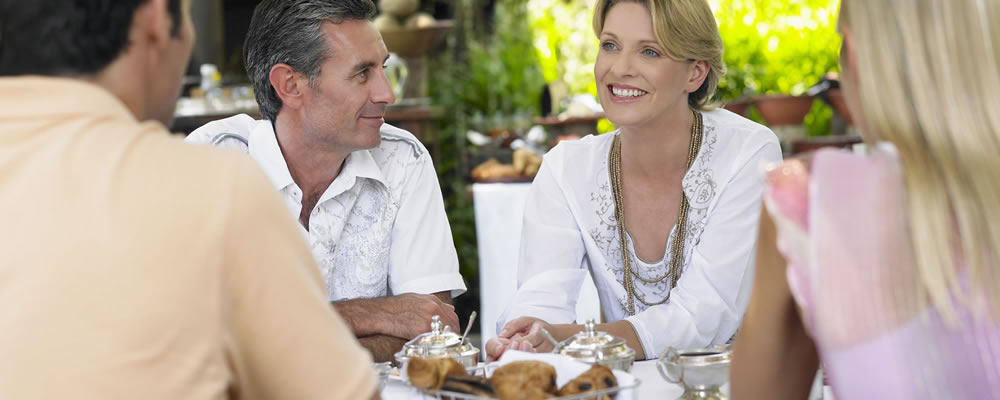 St  Simons Restaurants Guide, Dining, Places to Eat, Seafood